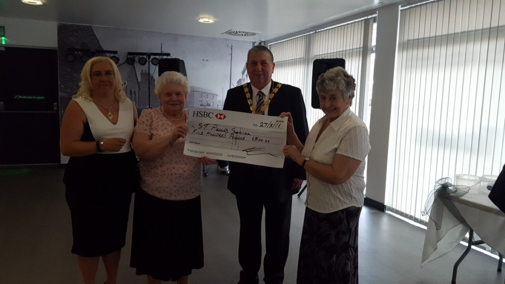 St Pauls Social receive a donation for £500